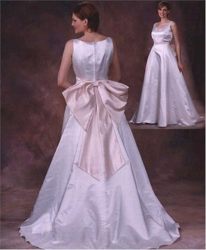Paper doll dress up wedding version once upon a l ime for Off the rack wedding dresses near me
