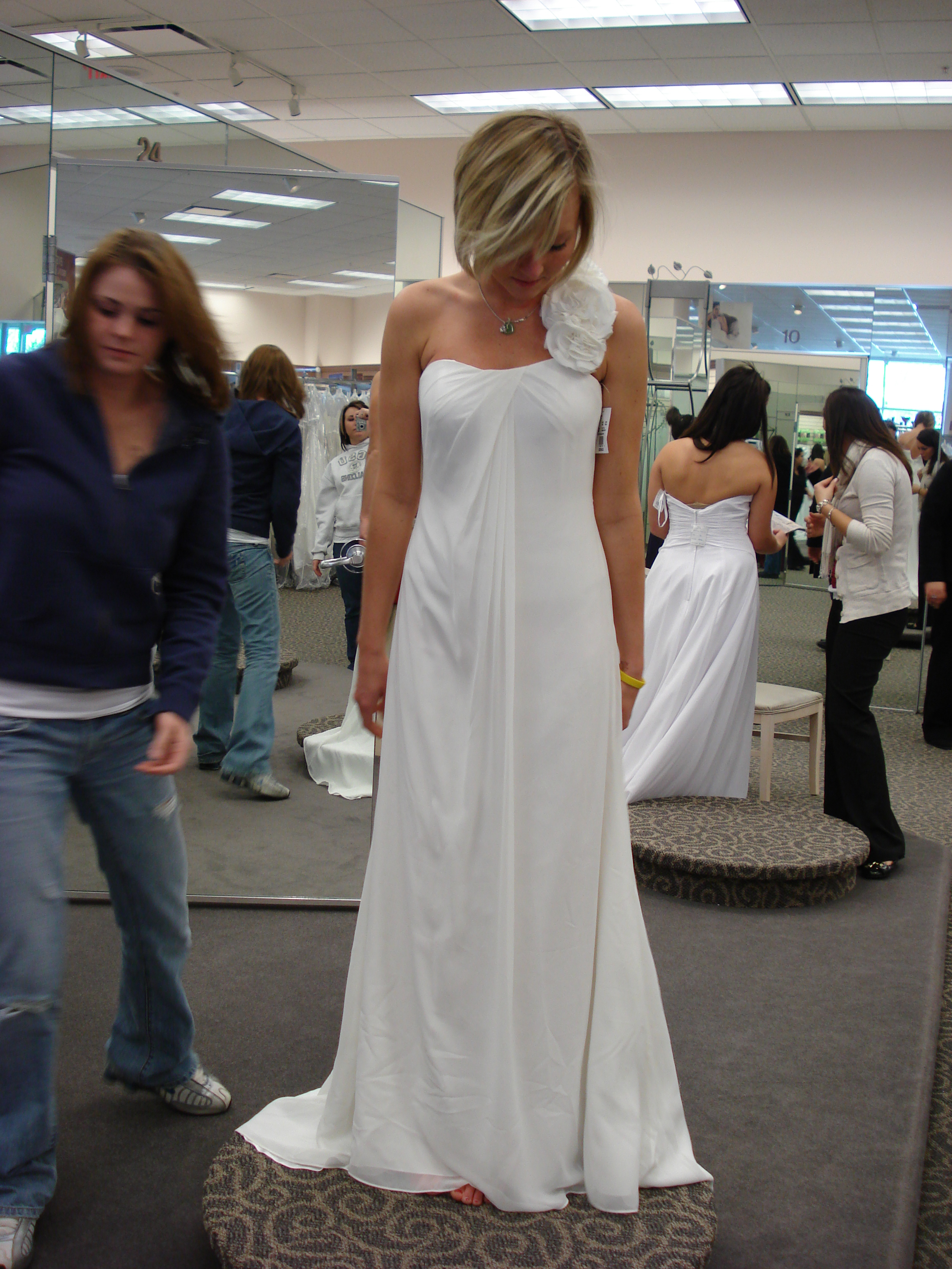 i will have a dress big enough to take a pic like this:) maybe.. | I ...